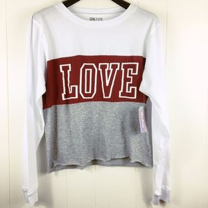 NWT Love graphic red long sleeve crop top white